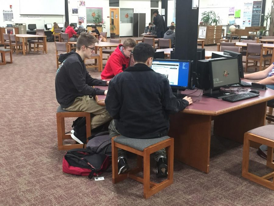 Back+in+November%2C+Lakeland+sophomores+started+prepping+for+the+upcoming+New+Jersey+Student+Learning+Assessments-ELA+%28PARCC%29+using+tools+like+CommonLit.org.