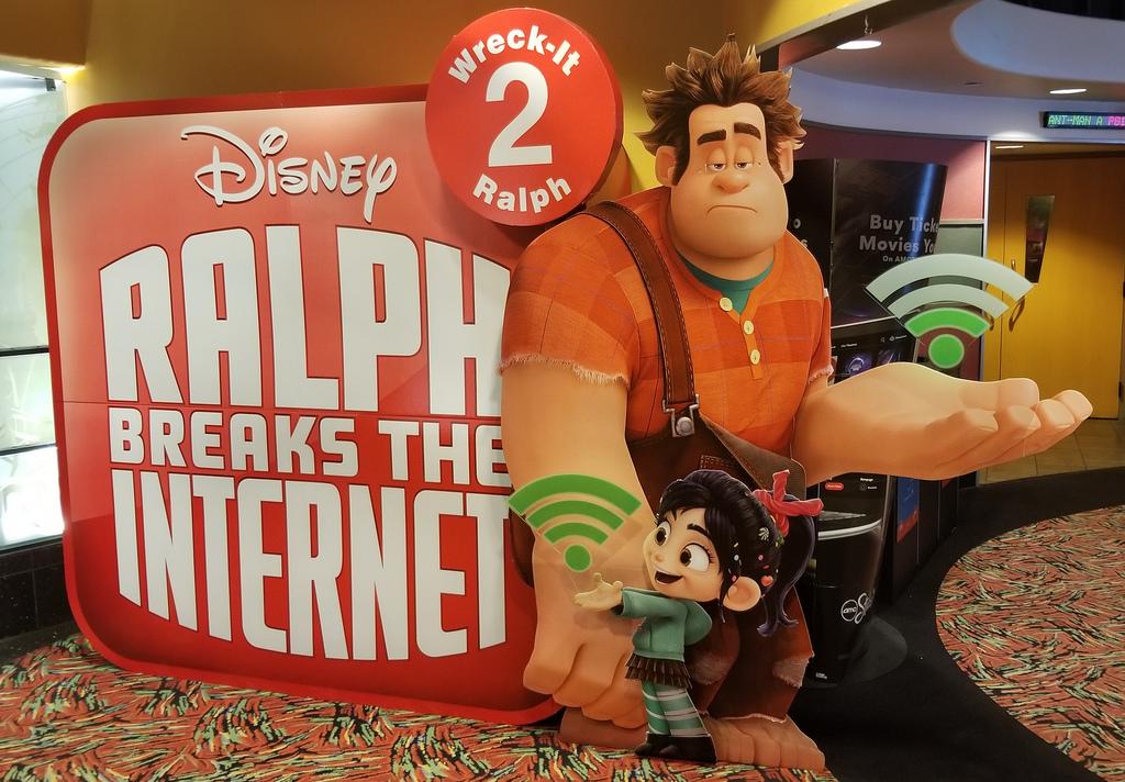 Ralph Breaks The Internet - Wreck it Ralph 2 movie display