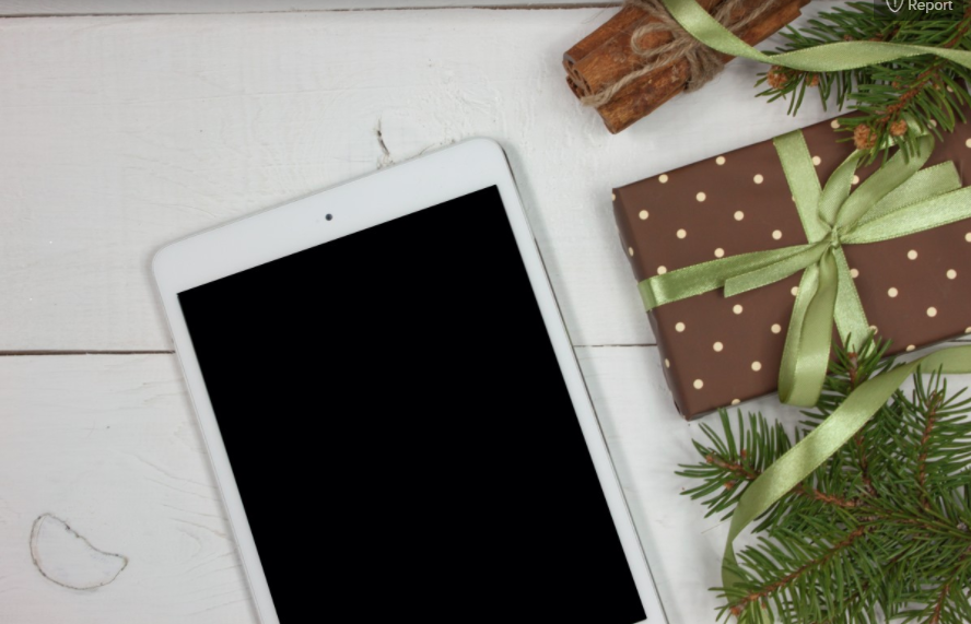 Easy Tech Gifts for the Holiday Season