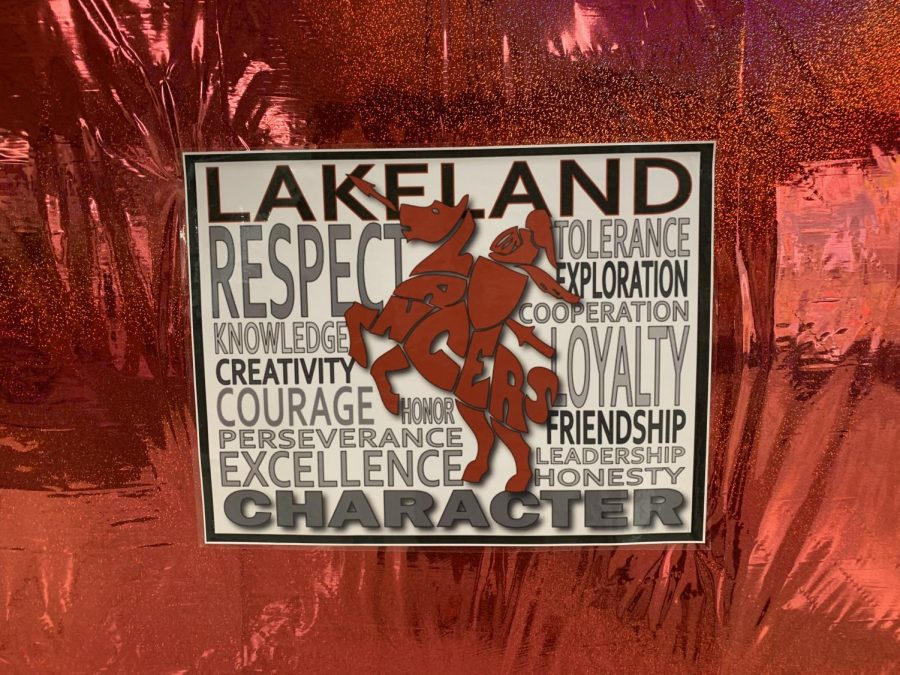 Lakeland%27s+theme+for+the+2018-2019+school+year+was+to+spread+kindness+and+love.