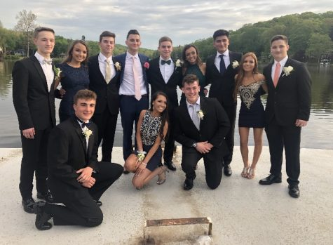 Senior Prom Edition – Top 10 Best Dressed