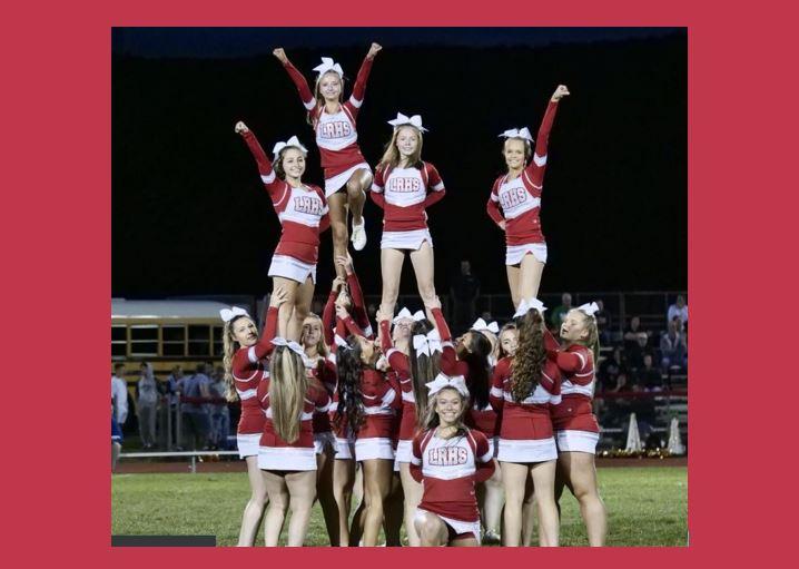 Lakeland Varsity Cheer: Cheering on the Lancers