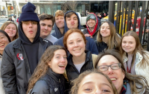 The UPAL business students, with Ms. Lidsky, on the streets of New York.